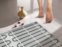 Пол в ванной: особенности монтажа и рекомендации как сделать качественное напольное покрытие (100 фото)