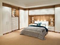 Угловые спальни – современный дизайн интерьера и оптимальная планировка (95 фото)