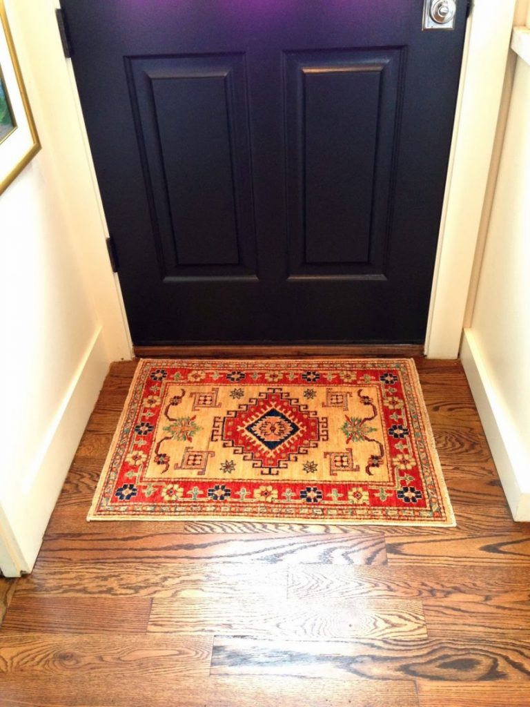 какие коврики можно стелить в коридоре фото будьте осторожны