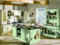 Зеленая кухня — отличные идеи дизайна для современных и ретро стилей (90 фото)